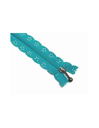 Fermeture clair dentelle 20 cm bleu turquoise broderie passion for Boutis turquoise