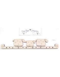 Cintre en bois - 3 moutons - 24.5 cm de large - crème