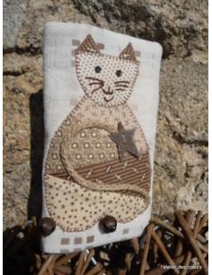 L'Atelier des coeurs - fiche - Pochette à mouchoirs chat