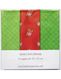 Lot de 3 coupons de tissus - vert et rouge à fleurs