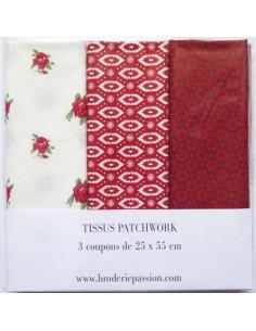 Lot de 3 coupons de tissus - blanc à fleurs et rouge