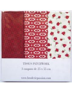 Lot de 3 coupons de tissus - rouge et blanc à fleurs