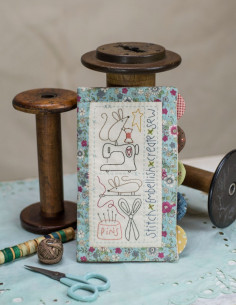 Semi-kit de Patchwork et broderie - Sewing Mouse Needlebook