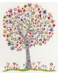 Bothy Threads - Love Tree