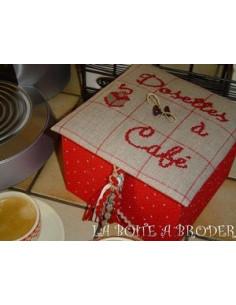 La Boîte à Broder - Boîte Dosettes à café rouge