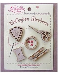 Lot de boutons en bois - Collection Broderie - bois sépia