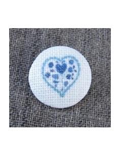 Bouton Coeur bleu sur écru